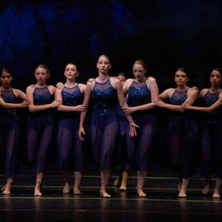 Breakin Beats ballet dancers in blue